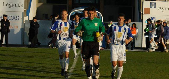 El guardameta Raúl Moreno cuelga los guantes